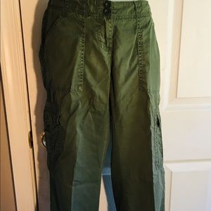 The Limited green cargo pants - size 4
